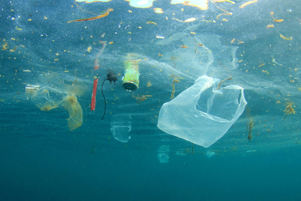 A poluição das águas é um assunto muito preocupante