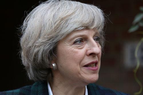 A primeira-ministra britânica, Theresa May, é a responsável por conduzir as negociações do Brexit *