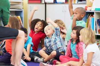A sala de aula é tanto onde continuamos a aprender quanto onde começamos a educar