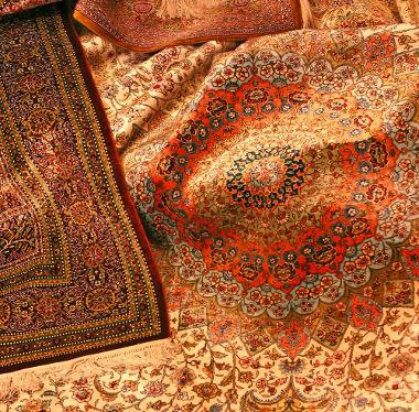 A tapeçaria persa é um dos exemplos da arte tradicional islâmica