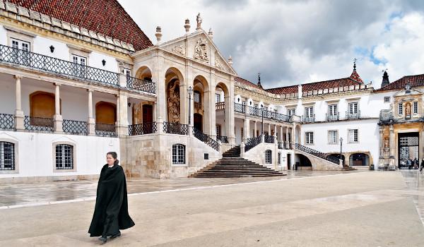 A Universidade de Coimbra foi a primeira instituição portuguesa a firmar acordo com o Inep para aproveitamento do Enem