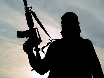 Ataques motivados por ideais nacionalistas e fanatismo religioso estão entre as ocorrências de terrorismo no século XXI
