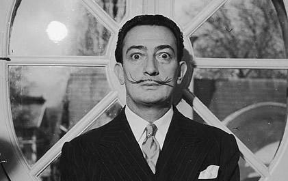 Salvador Dalí é o mais famoso e polêmico artista da pintura surrealista.