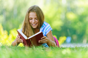 Existem várias espécies literárias para serem exploradas como: romances, atualidades, ficção, suspense, dentre outros