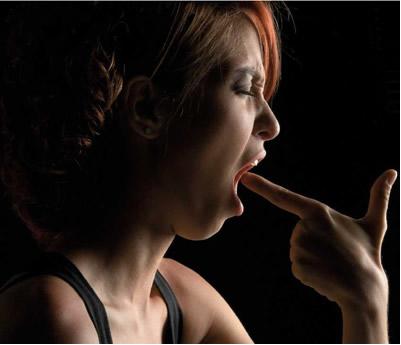 Além de provocar a deterioração rápida dos dentes, a bulimia pode até matar
