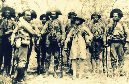 Os cangaceiros fizeram parte de um movimento social ocorrido no sertão nordestino.