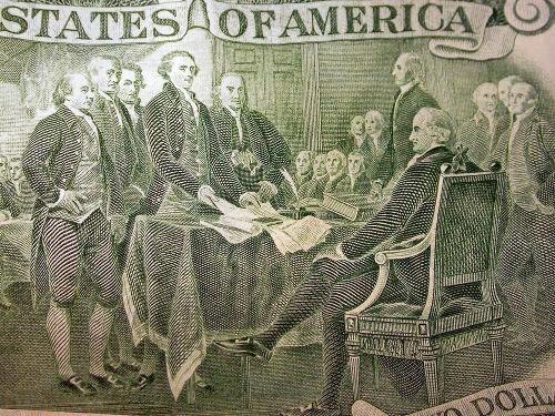 Acima, os pais fundadores dos EUA e signatários da declaração de Independência