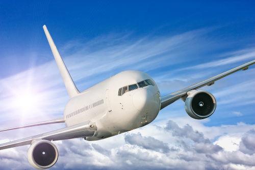 Alguns hidrocarbonetos aromáticos são utilizados como combustíveis para aviões