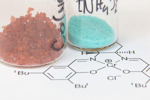 Antes de uma reação química, é fundamental determinar a massa dos reagentes