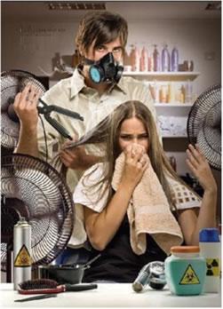 Ao entrar em contato com o calor do secador, o formol libera vapores irritantes e tóxicos