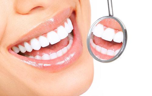 Ao sorrir, podemos observar a coroa dos dentes