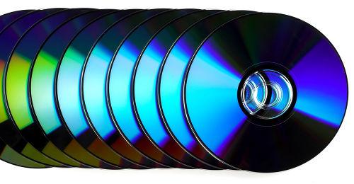 As gravações em CDs e DVDs são feitas por meio de sulcos, ranhuras em espiral feitas por toda extensão do disco