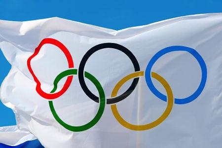As olimpíadas, ou jogos olímpicos, foram instituídas no século XIX pelo Barão de Coubertin *