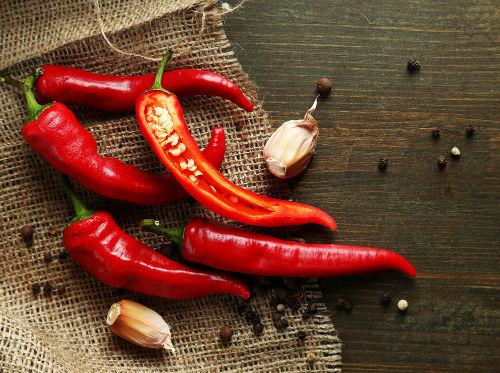 As pimentas são fontes da substância capsaicina