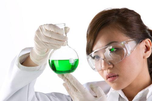 As soluções são misturas preparadas constantemente nos laboratórios