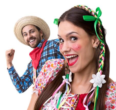 As vestimentas da Festa Junina são inspiradas nas roupas da corte europeia