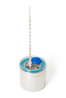 Calorímetro: dispositivo utilizado para estudar as trocas de calor entre corpos com temperaturas diferentes