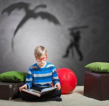 A escolha dos livros literários é um importante passo para despertar nos alunos o interesse pela leitura
