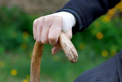 A doença de Parkinson altera principalmente o sistema motor