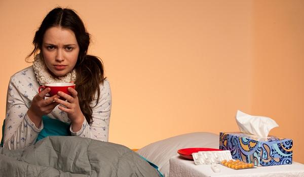 Bebidas quentes e doces podem reduzir os sintomas do resfriado comum