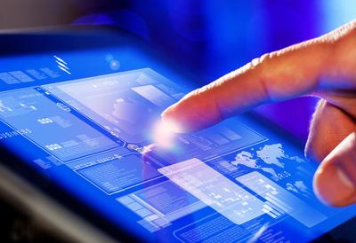 As telas touch screen são sensíveis ao toque e, atualmente, são utilizadas em grande parte dos aparelhos eletrônicos