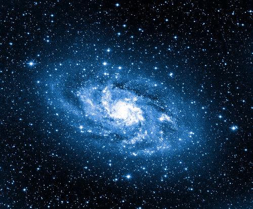 Com um formato espiral, nossa galáxia é constituída por estrelas, astros menores, gás, poeira e matéria escura