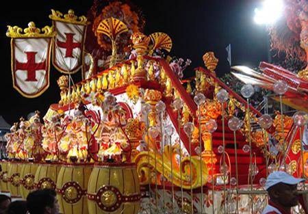 Componentes da Escola de Samba