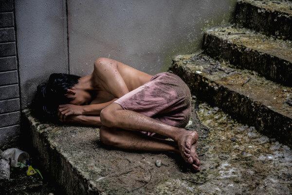 A pobreza e a desigualdade social são evidentes nas periferias brasileiras.