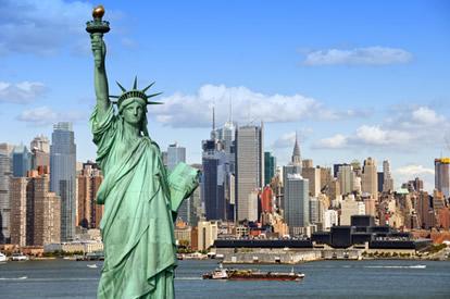 Os Estados Unidos é um país que atrai muitos imigrantes.