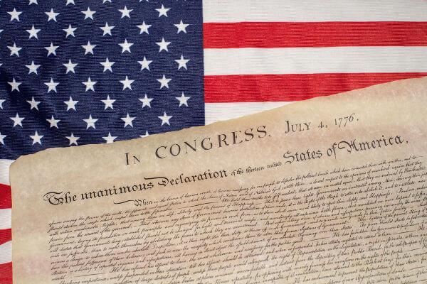 A Declaração de Independência dos Estados Unidos foi assinada no dia 4 de julho de 1776.