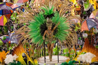 Desfile das escolas de samba na cidade do Rio de Janeiro*