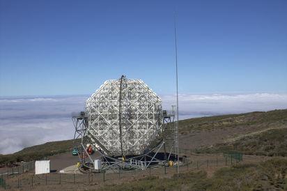 Detector de radiação Cherenkov proveniente de raios cósmicos*