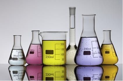 As soluções químicas usadas em laboratórios são misturas homogêneas
