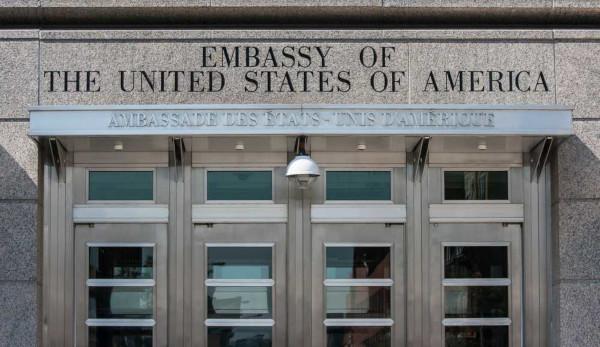 A embaixada estadunidense no Canadá representa os interesses dos Estados Unidos em solo canadense.