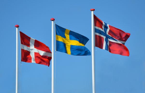 A Escandinávia é uma região que abrange a Dinamarca, Noruega e Suécia.