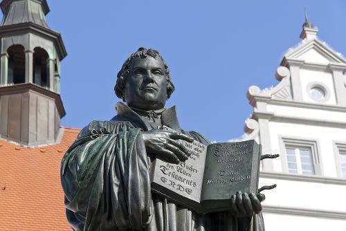 Estátua de Martinho Lutero, reformador protestante do século XVI