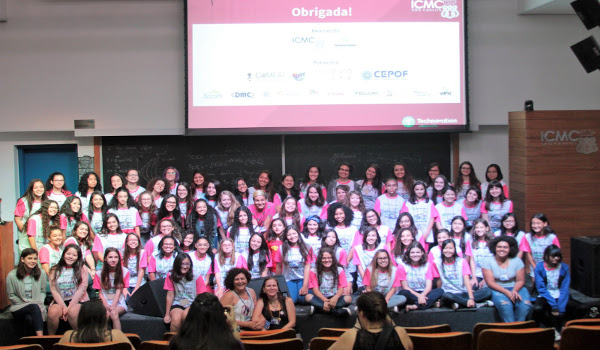 Technovation Summer School For Girls promove a inserção de meninas nas ciências exatas e tecnologia - Créditos: Denise Cassati  - ICMC/USP