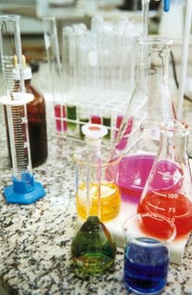 Existem várias teorias sobre o conceito de ácido e de base que são usadas de acordo com a necessidade dos estudos.
