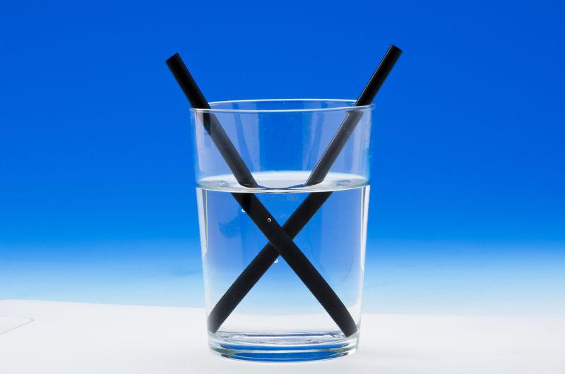 Explicar a ocorrência do fenômeno da refração pode ser bem mais fácil com o uso de simuladores específicos