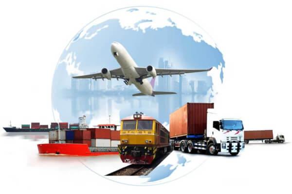 Exportar e importar são atividades comerciais que influenciam a dinâmica econômica de um país.