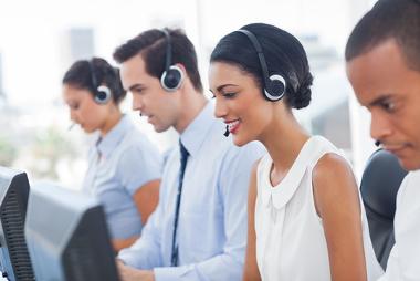 O telemarketing e as telecomunicações são exemplos do crescimento do setor terciário no Brasil
