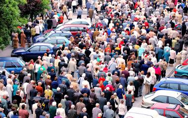 O crescimento demográfico foi abordado por várias teorias populacionais