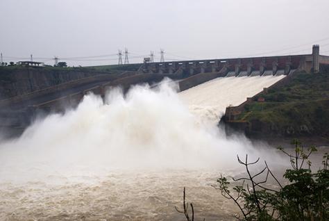 A falta de propostas de longo prazo para a matriz energética brasileira tem comprometido o potencial energético das águas no Brasil