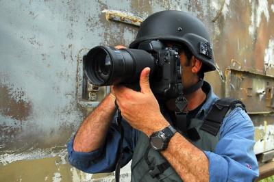 Um dos perigos da profissão é cobrir guerras