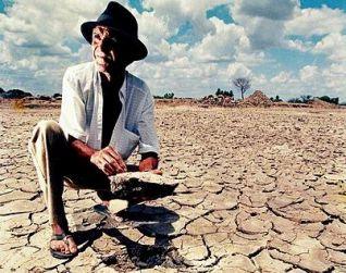 Uma imagem comum no semiárido nordestino, a falta de água *