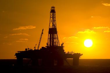Plataforma de perfuração para retirada de petróleo
