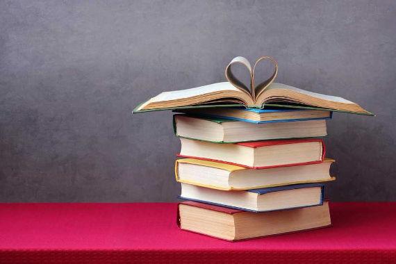 Foram feitas alterações no Programa Nacional do Livro Didático