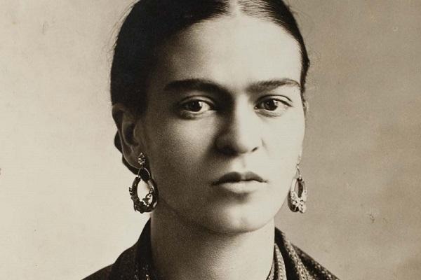 Frida retratou suas dores e paixões em suas pinturas*