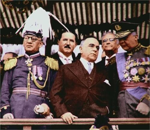 Getúlio Vargas foi o criador da CLT – Consolidação das Leis de Trabalho