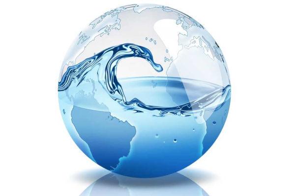 A água compõe mais de 70% da superfície do planeta Terra, sendo um recurso essencial à existência de vida.